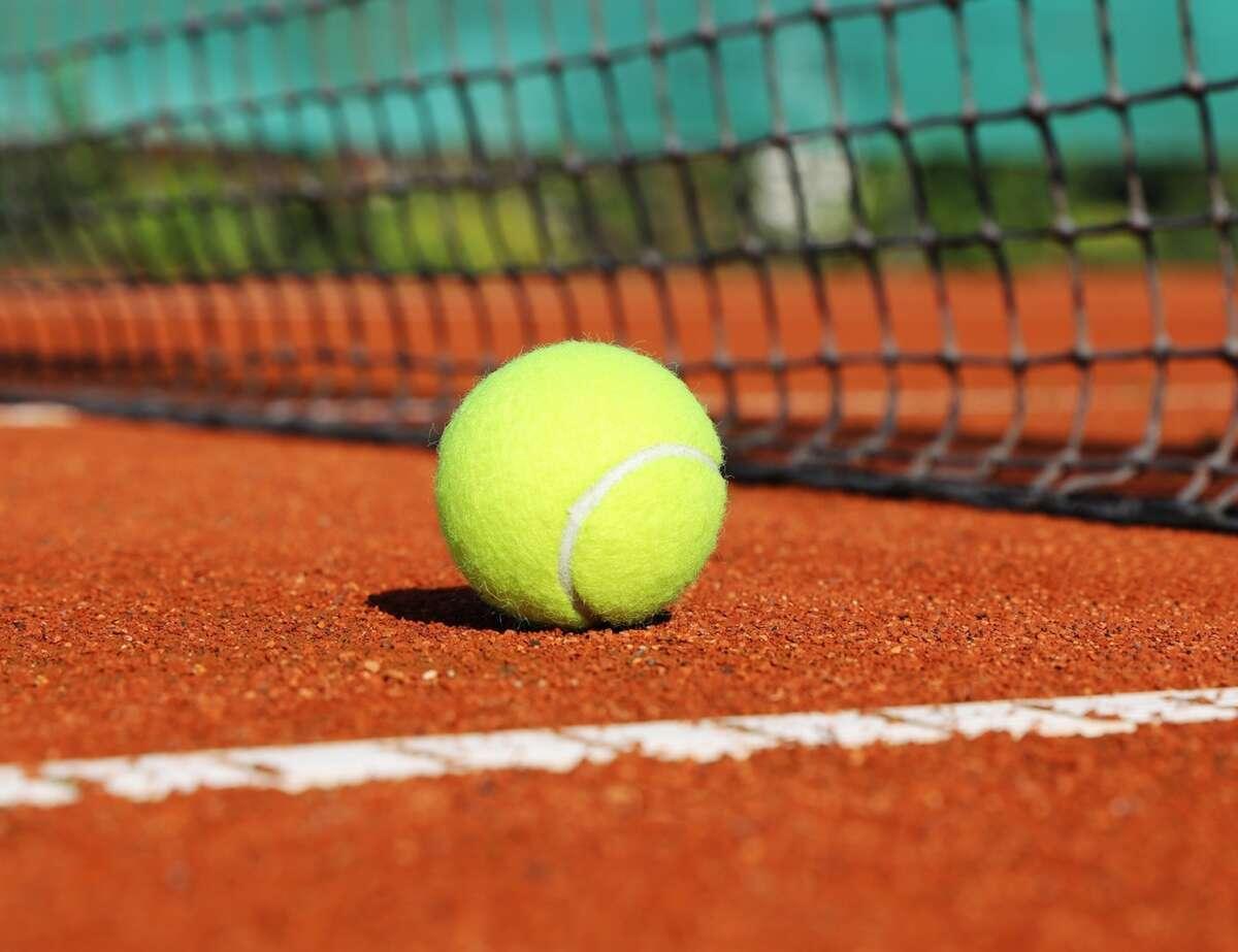 Tennisplatz news allgemein